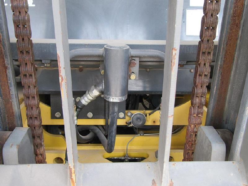 هیدرولیک لیفتراک 6 تن بنزینی کوماتسو