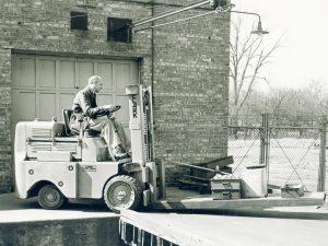 اولین لیفتراک کلارک
